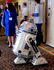 R2D2 in the hallway, 2-28