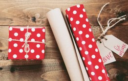 The Author Chronicles, J. Thomas Ross, gift and gift wrap