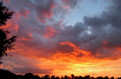 The Author Chronicles, Top Picks Thursday, J. Thomas Ross, August, colorful sunset